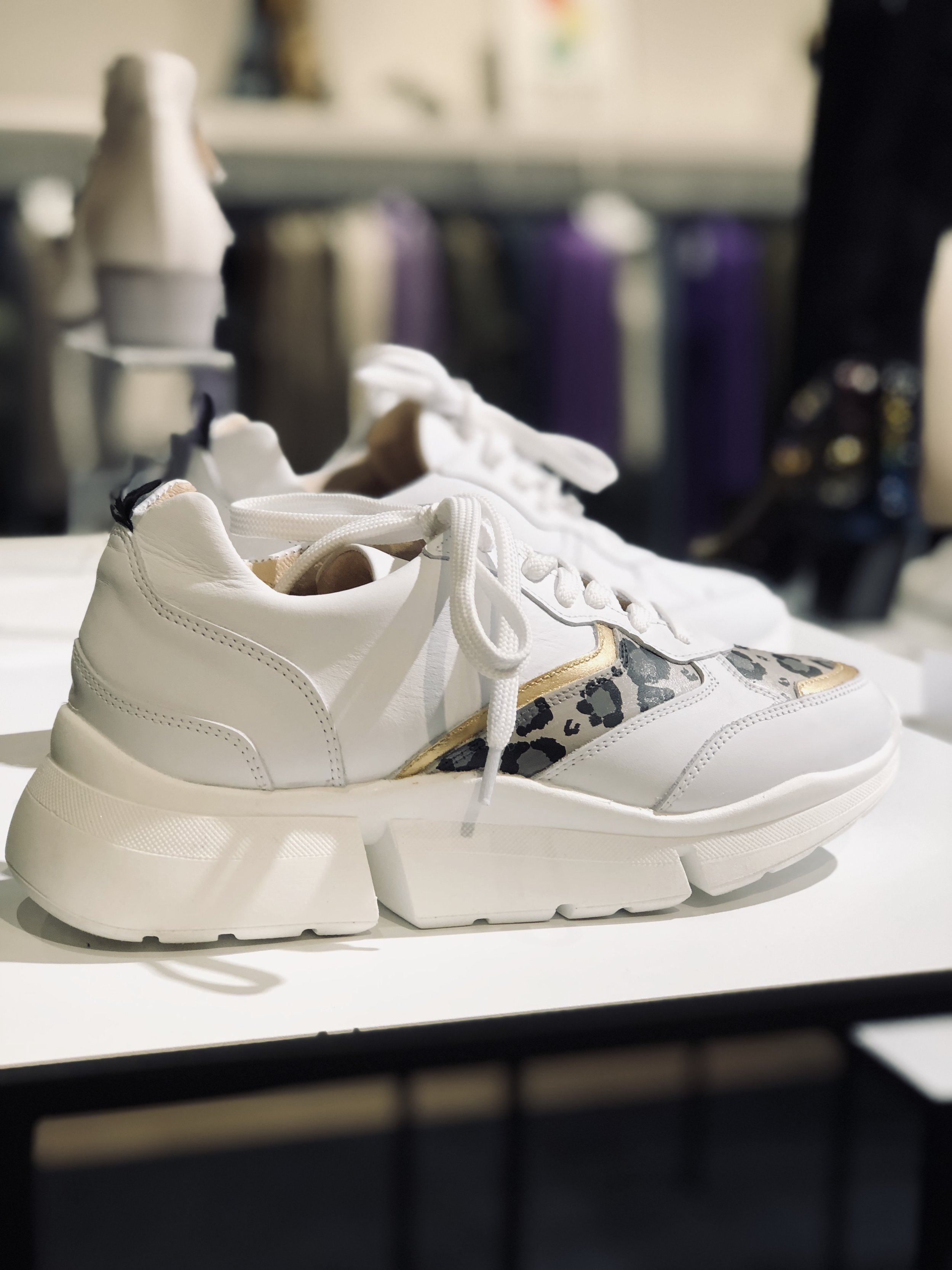 take your aim sneaker - Shop nu deze customized sneaker ontworpen door Aimée!