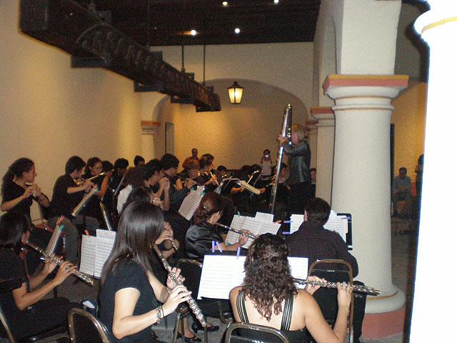 """Warm-up for Concietro de Clausura at Museo Regional de Nuevo Leon """"El Opsipado"""""""