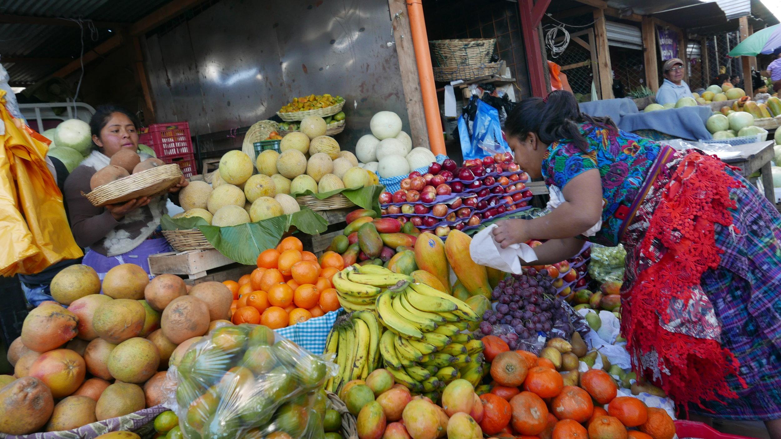 Busy Antigua mercado