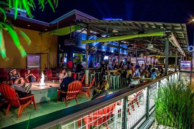 Key Bar - Patio Bar on West 6th Street - 30-170 Guests