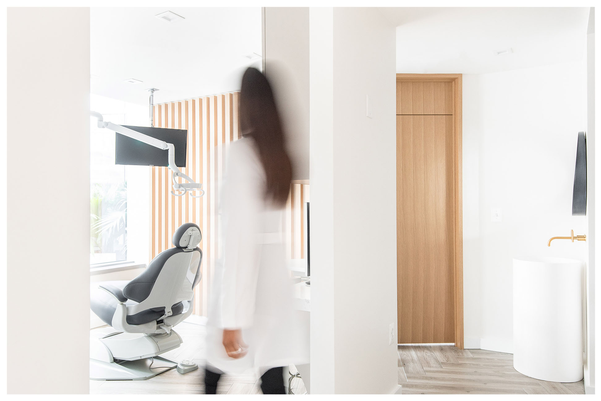LUXURY SERVICES - PREMIUM DENTAL AND COSMETIC TREATMENTS