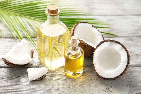 coconut-oil-beauty-tricks-1526656149.jpg