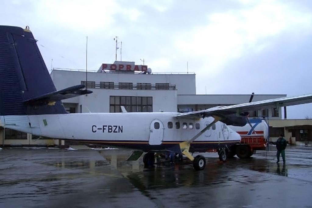 234_C-FBZN_POPRAD_NOV-2004_1024.jpg