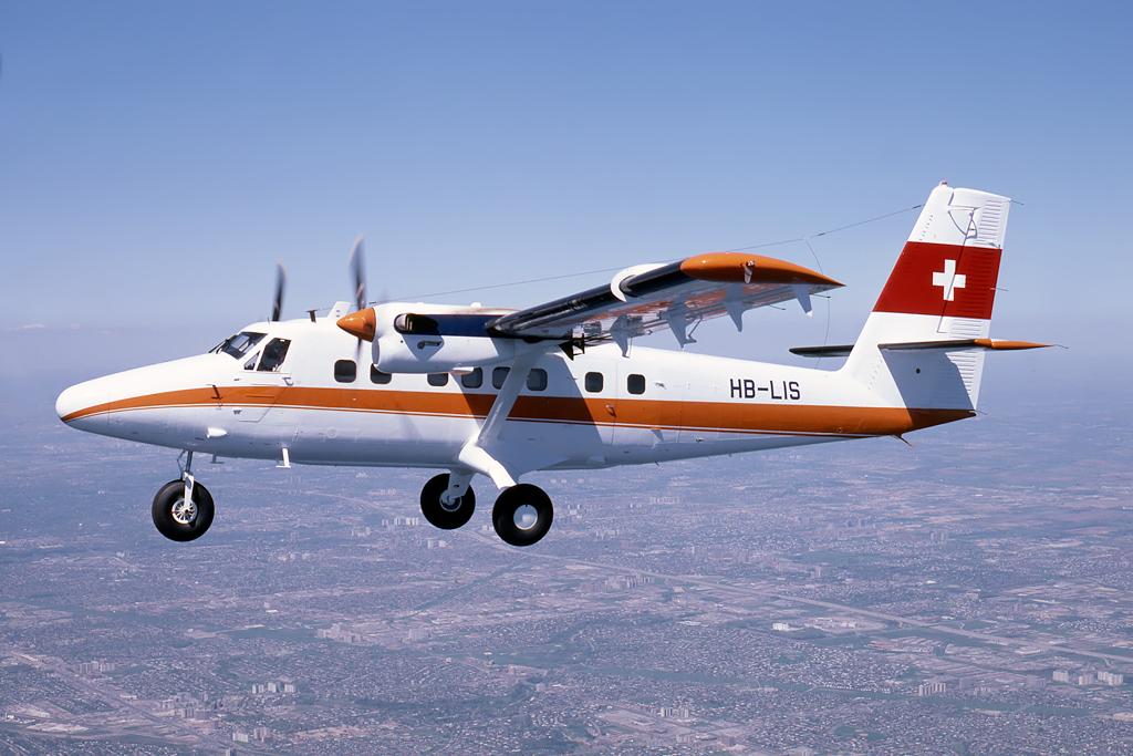 513_HB-LIS_DHC_AIRTOAIR_APR-1977_EJC_1024.jpg