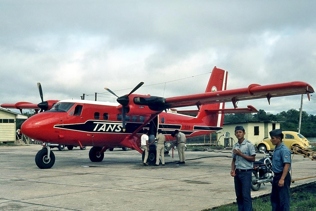 Steve Aubury Photo © Iquitos 05-Aug-1974