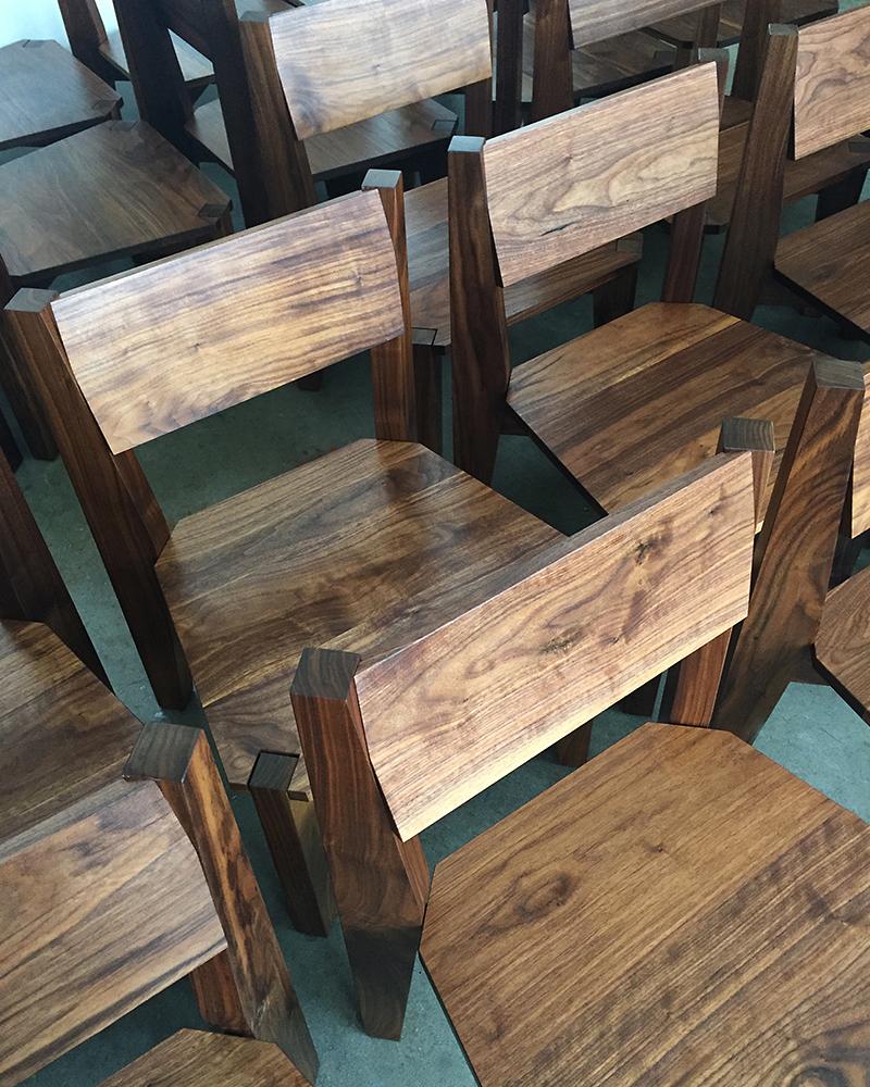 MANO-YA-ZN-Chair1.jpg