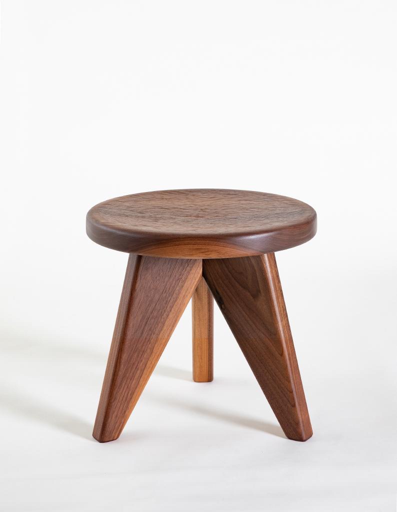 MANO-YA-n-naka-stool-2jpg