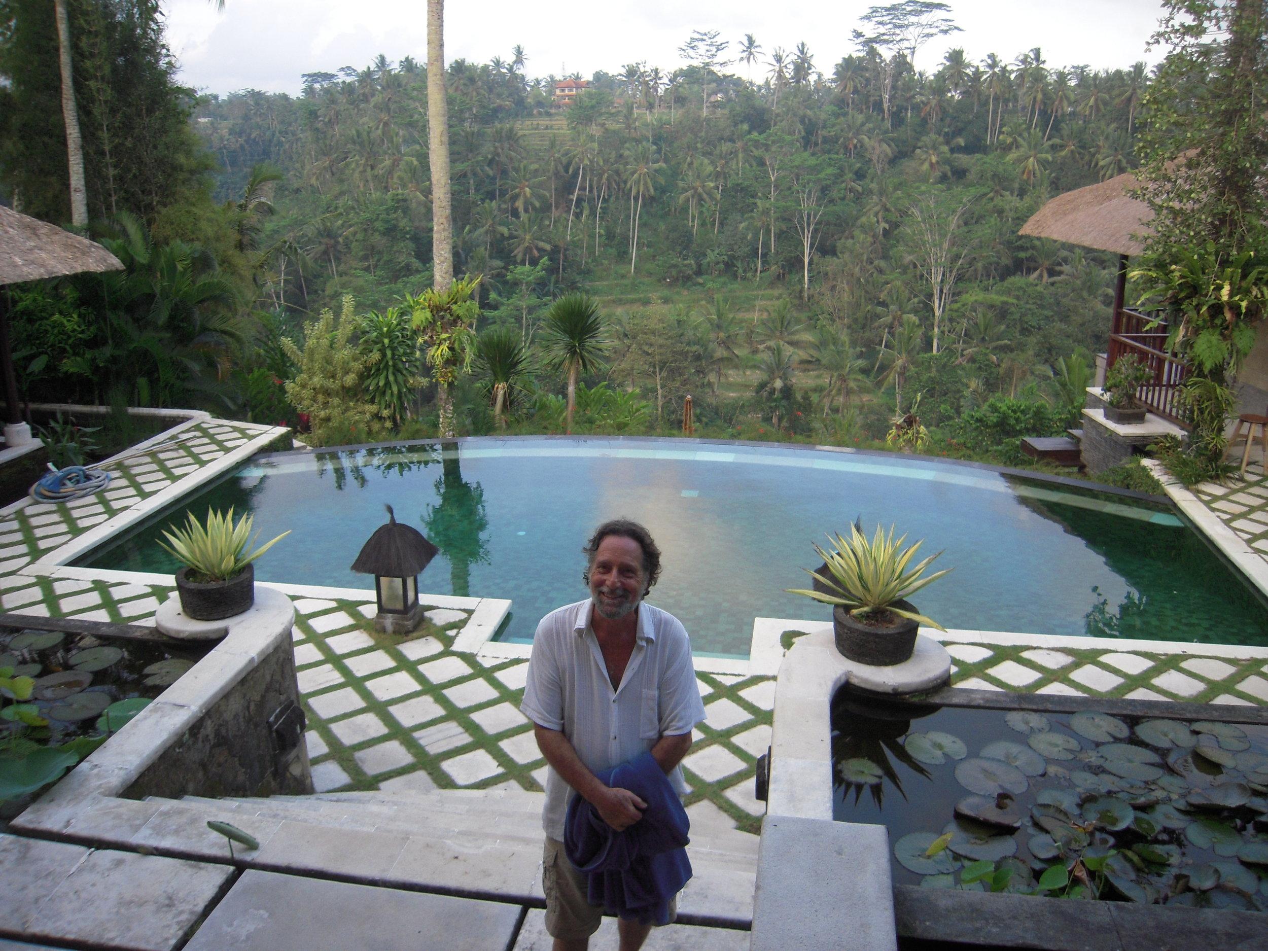 BALI 2014 -- Joel Singer at neighbor's pool.JPG