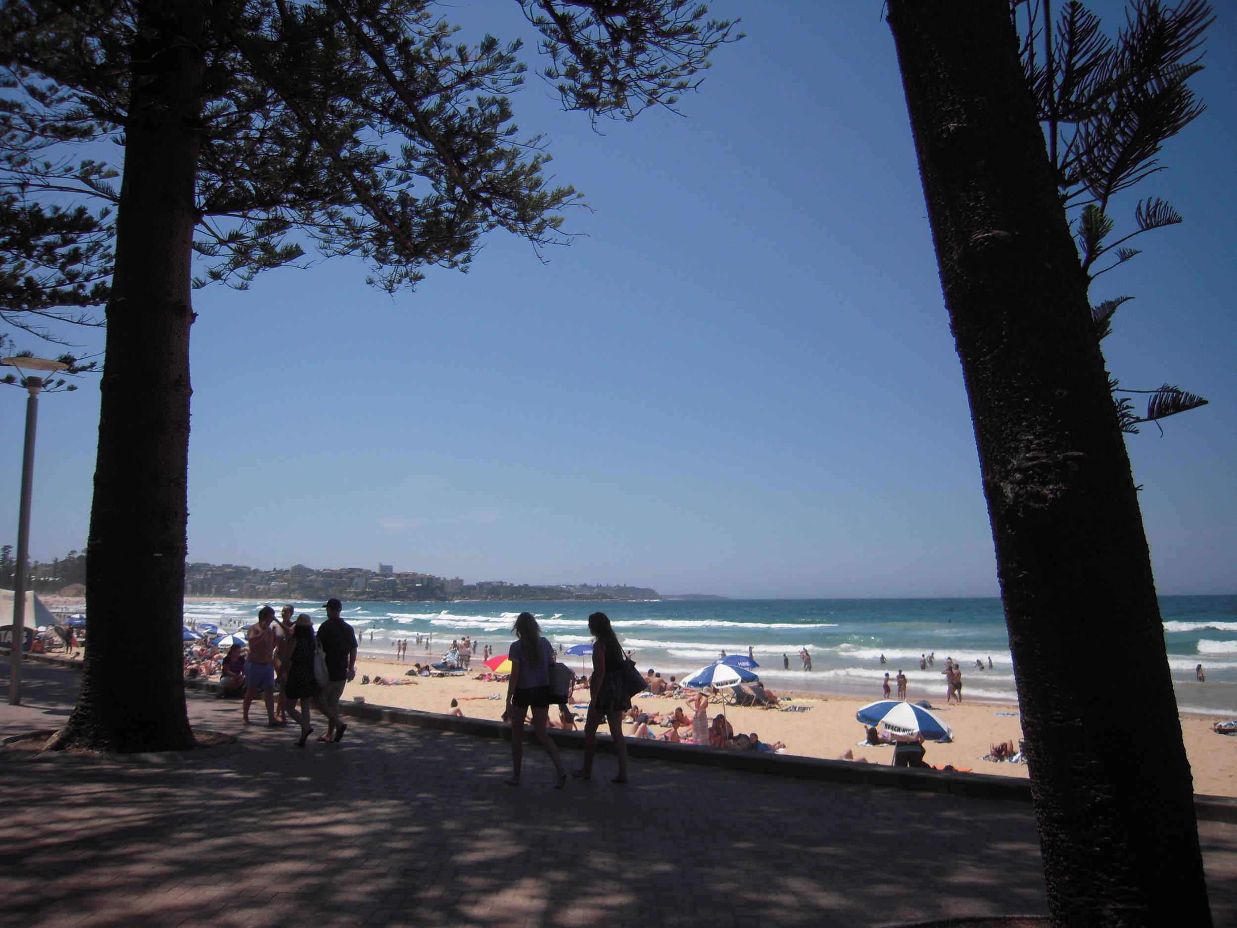 2013 Australia -- Sydney, Manly Beach.JPG