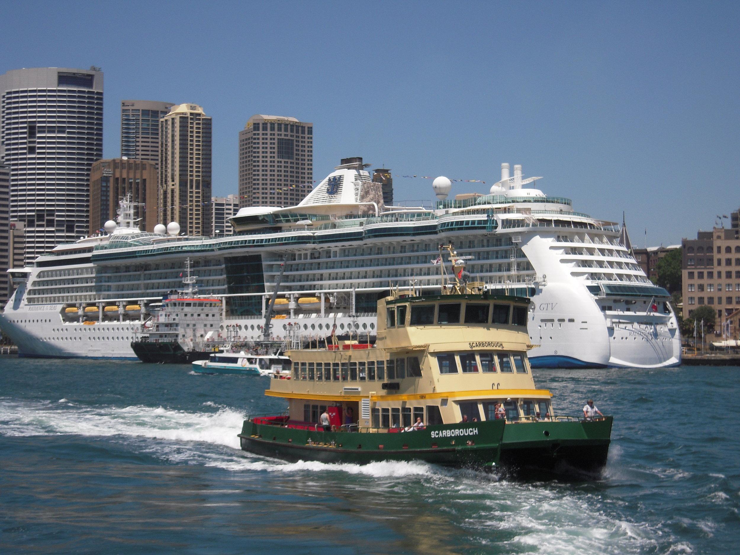 2013 Australia -- Sydney Harbour.JPG