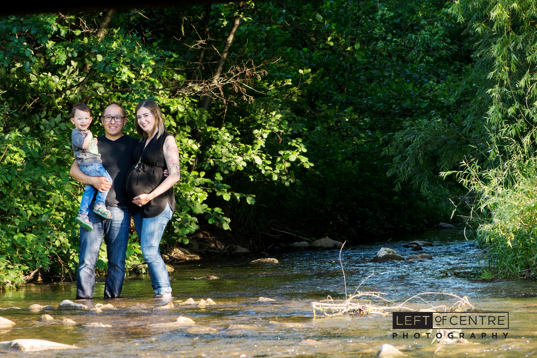 expecting family portrait 215