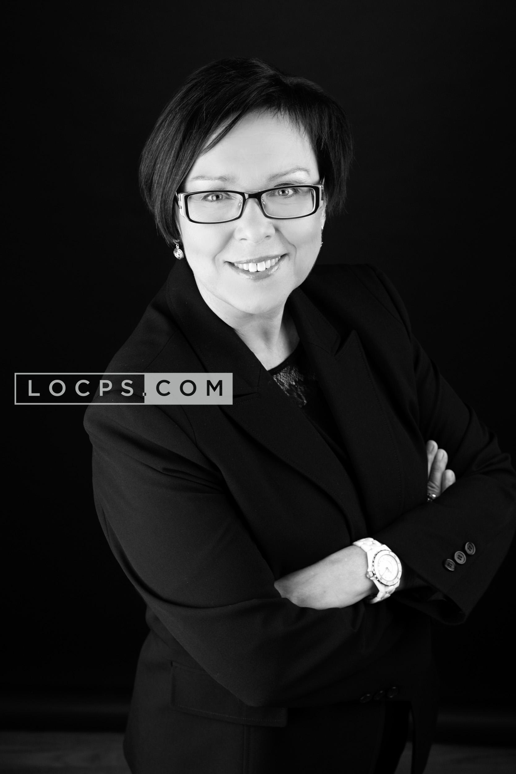 Cheryl Cardon Circus headshot