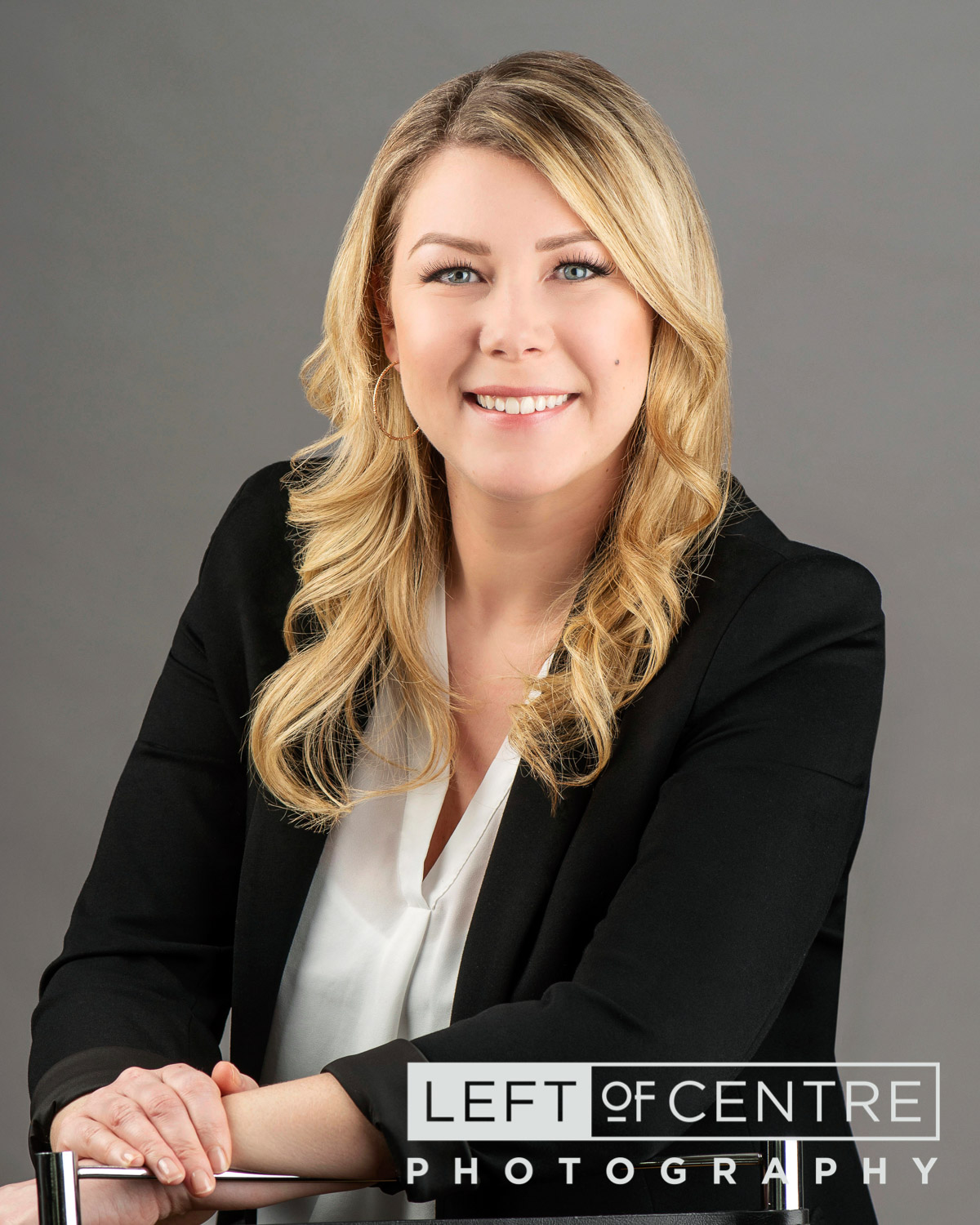 Britney Hack real estate headshot 2018