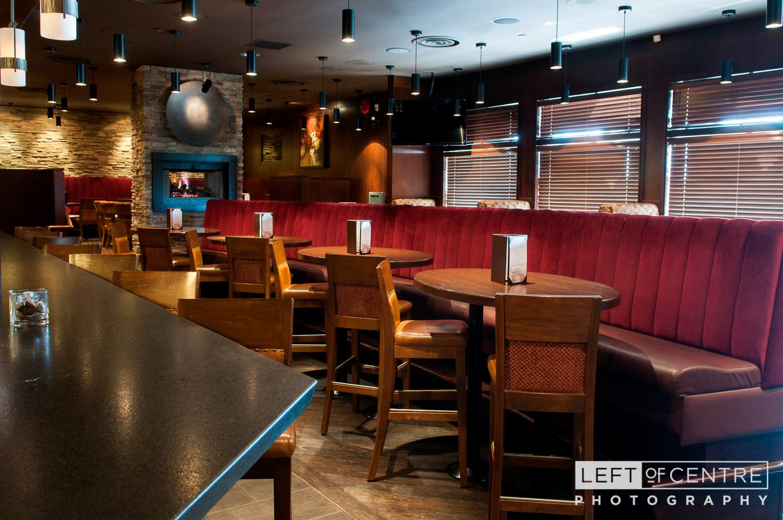 Brampton Keg lounge 01