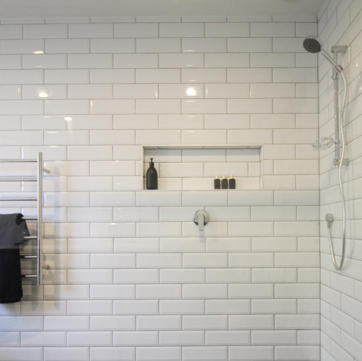 custombathroomshower