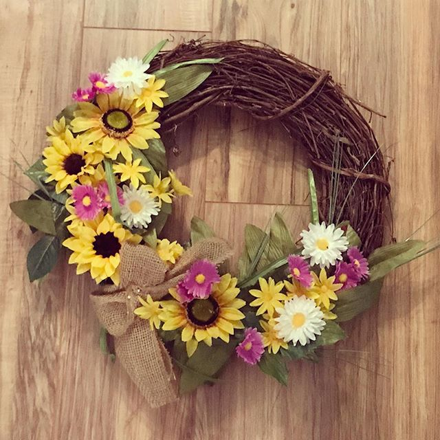 Cheers to my favorite flower! Wreath