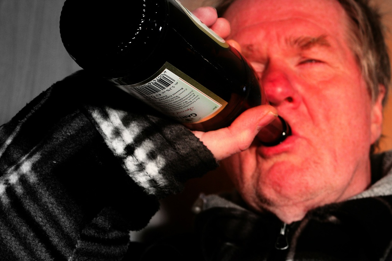 MaxPixel.freegreatpicture.com-Alcoholics-The-Customary-Alcoholism-Alk-Alcohol-62252.jpg