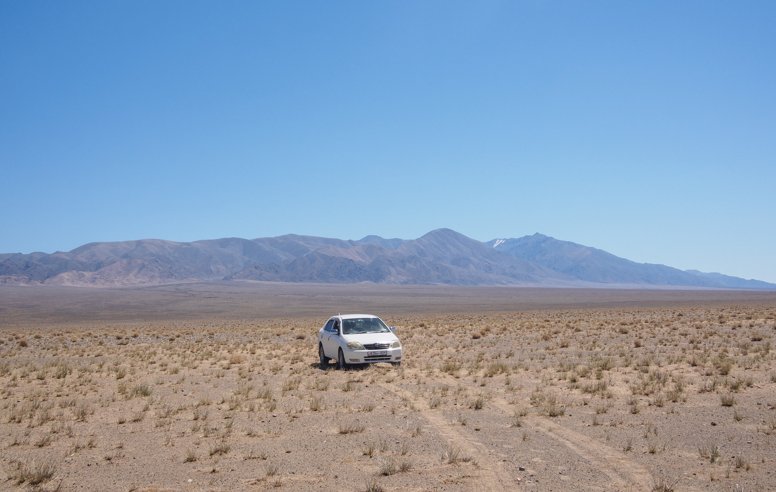 Driving through the deserts of Khovd aimag.