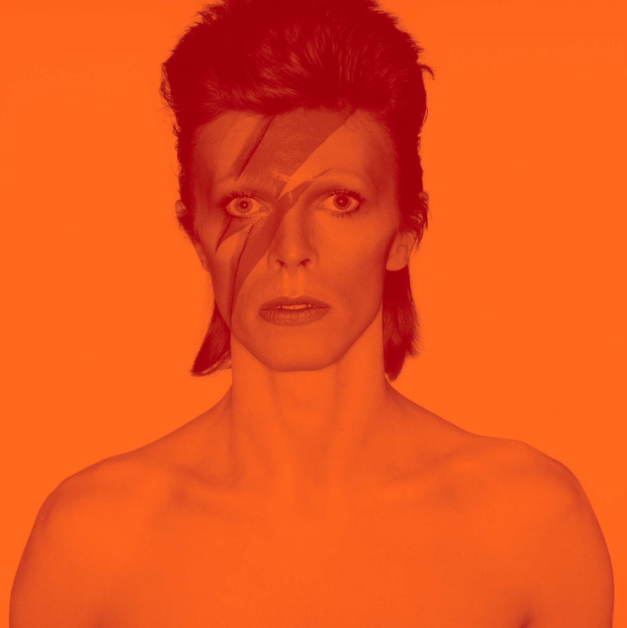 2018_David_Bowie_is_1_Album_cover_shoot_for_Aladdin_Sane_1973_v3_DRAFT_4_2000w.jpg