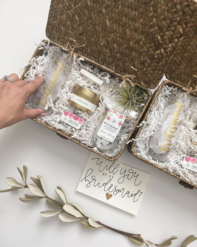 So many bridesmaid goodies going out lately! Can anyone say no to this brideposal?! I think not.