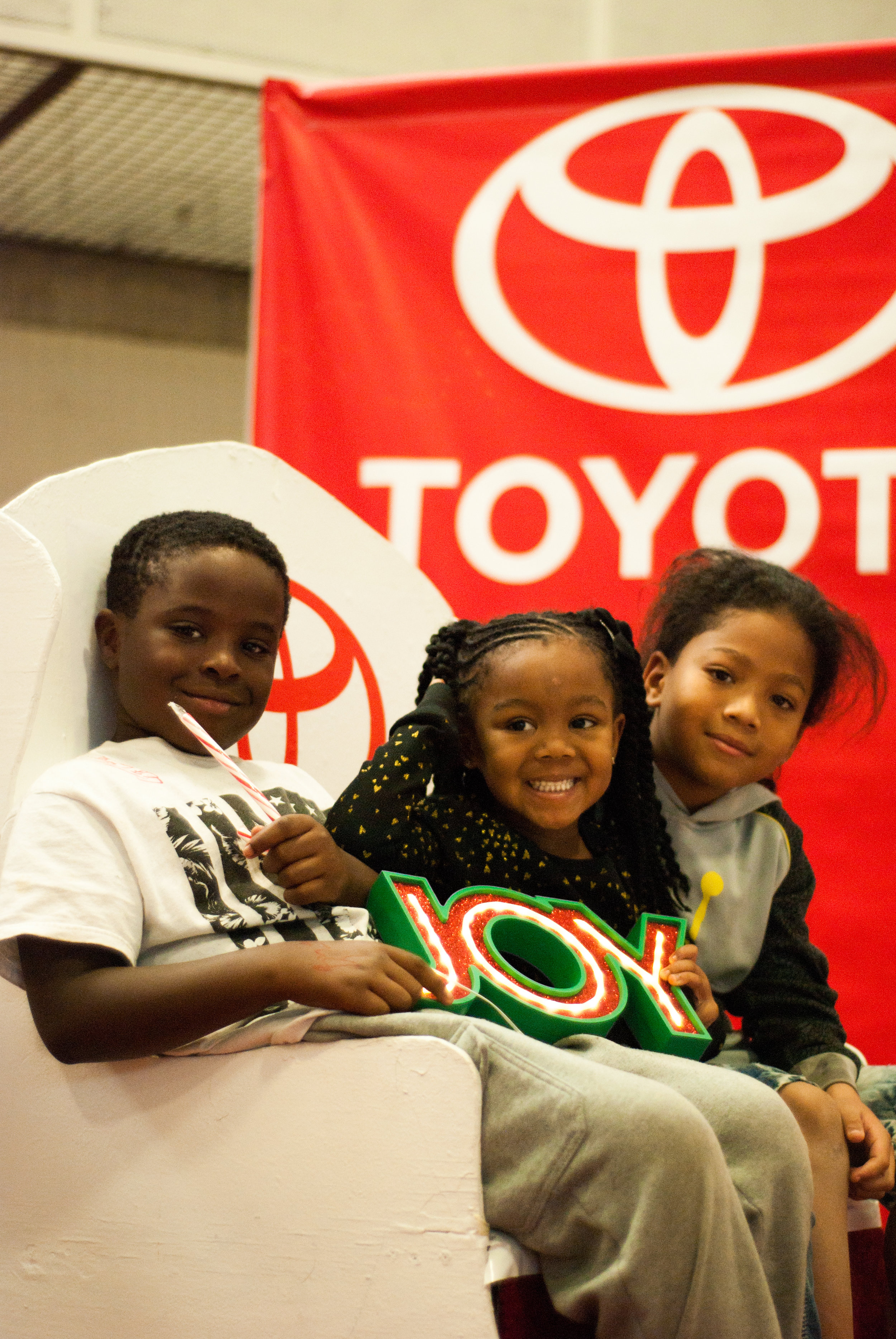 ToyotaKidsgiving-1137.jpg