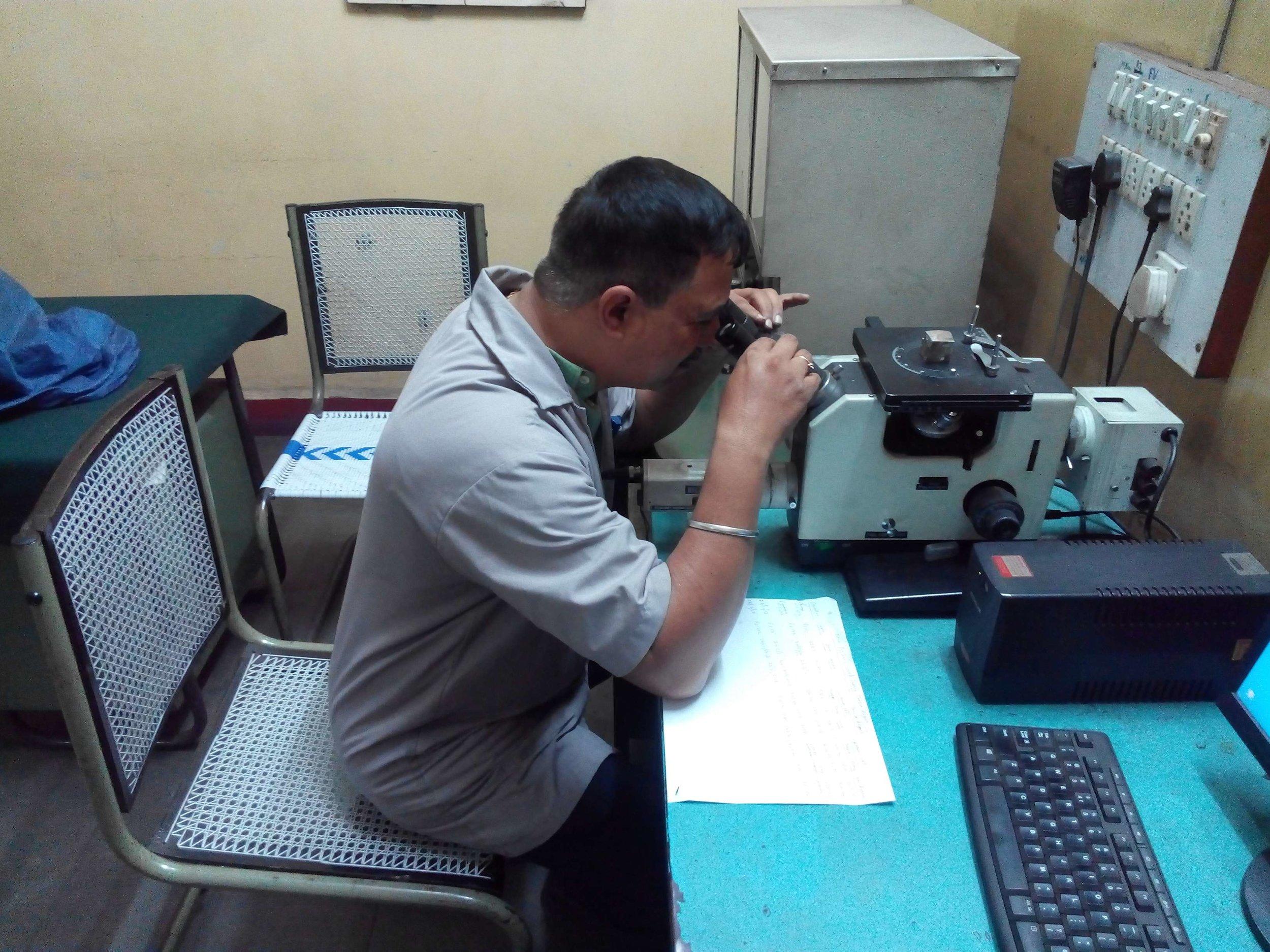 Microscope_1.jpg