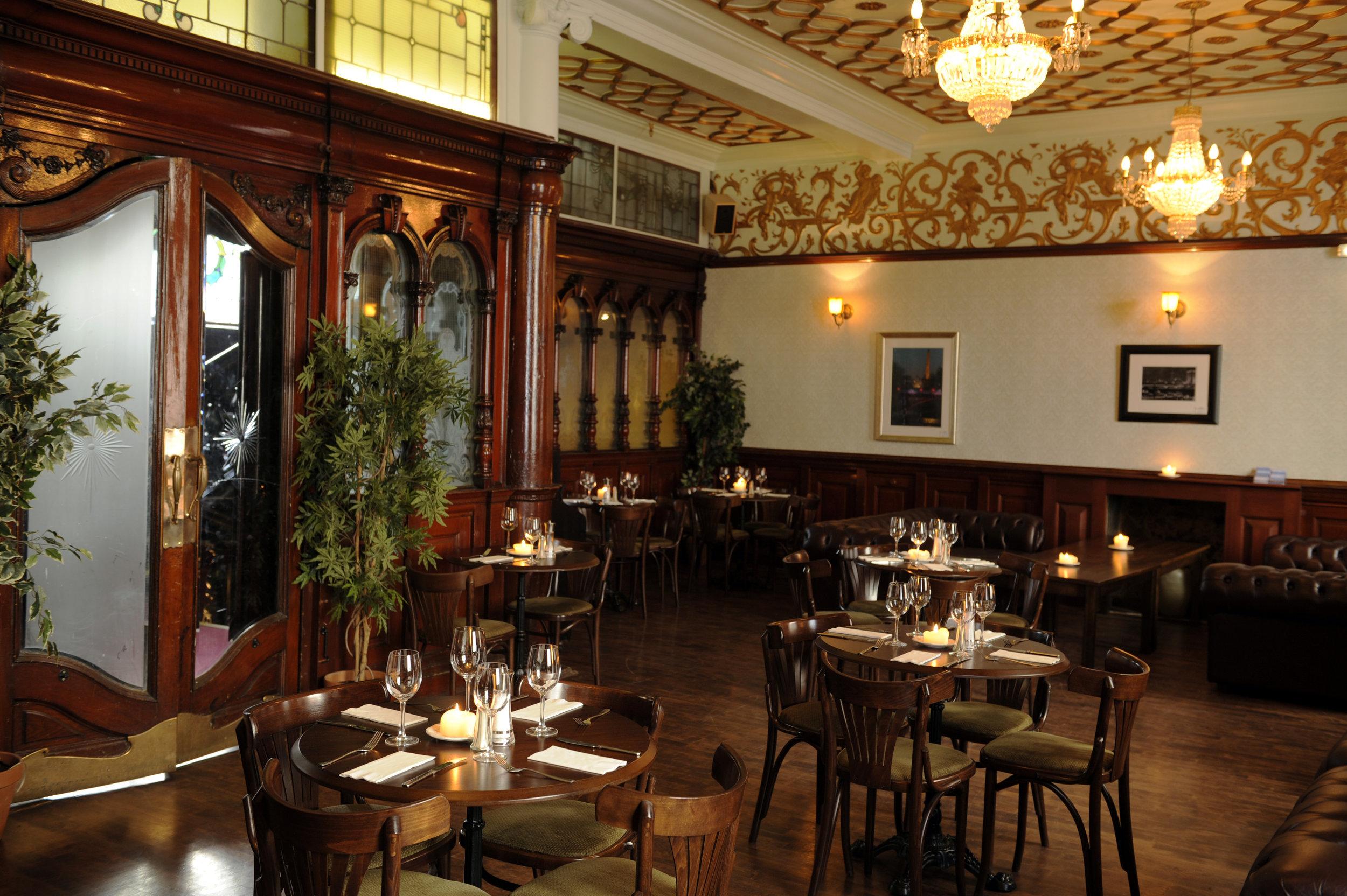 1st floor restaurant3.jpg