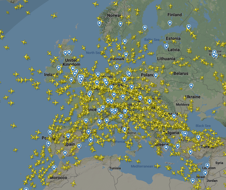 All planes flying above Europe at 11am.