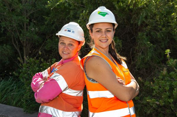 Wiradjuri sisters make a career in construction