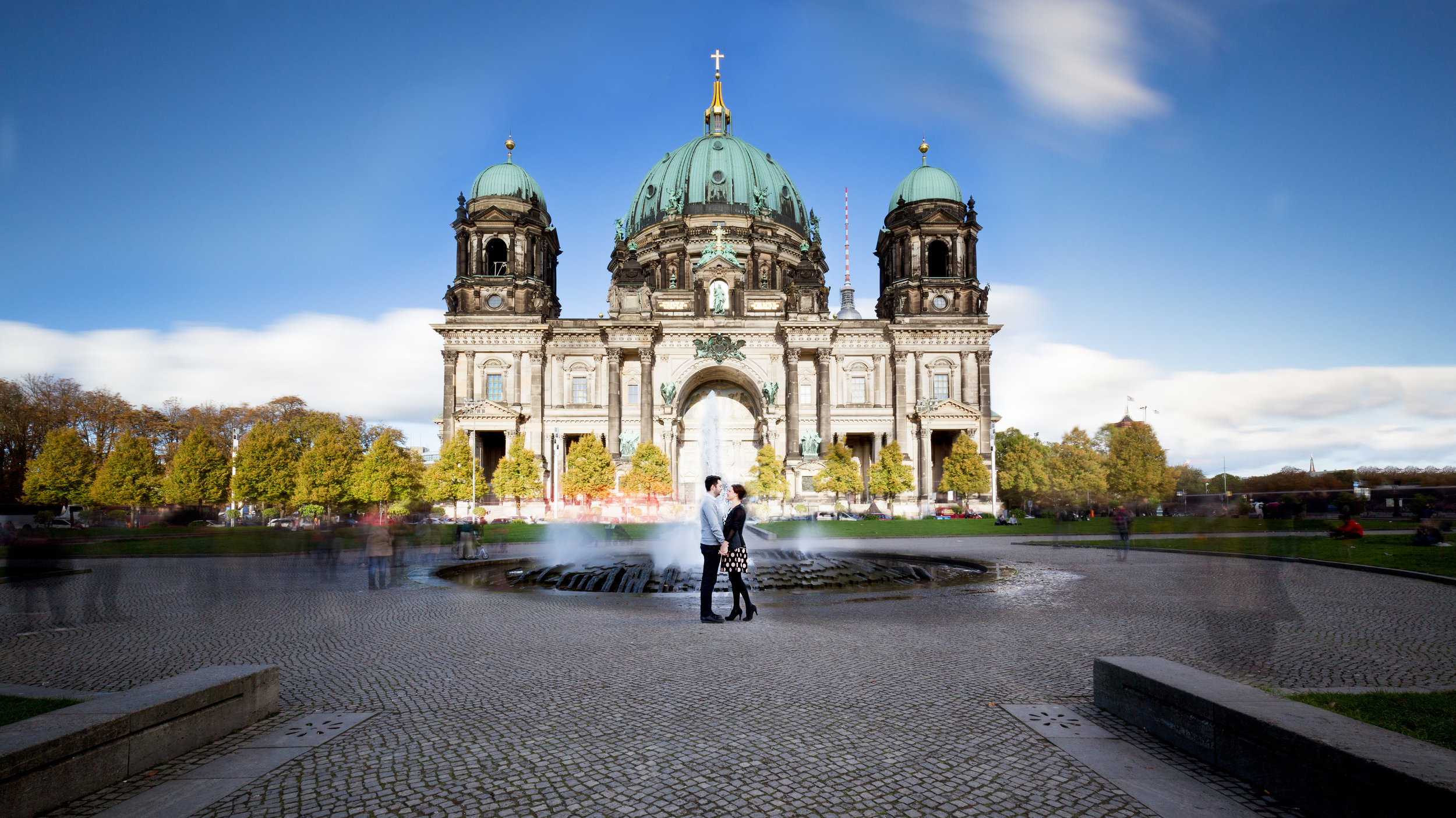 He shot pictures for us in Berlin City. Used good equipment for very good looking themes. Very friendly and professional photographer - Raffaele & Katarina