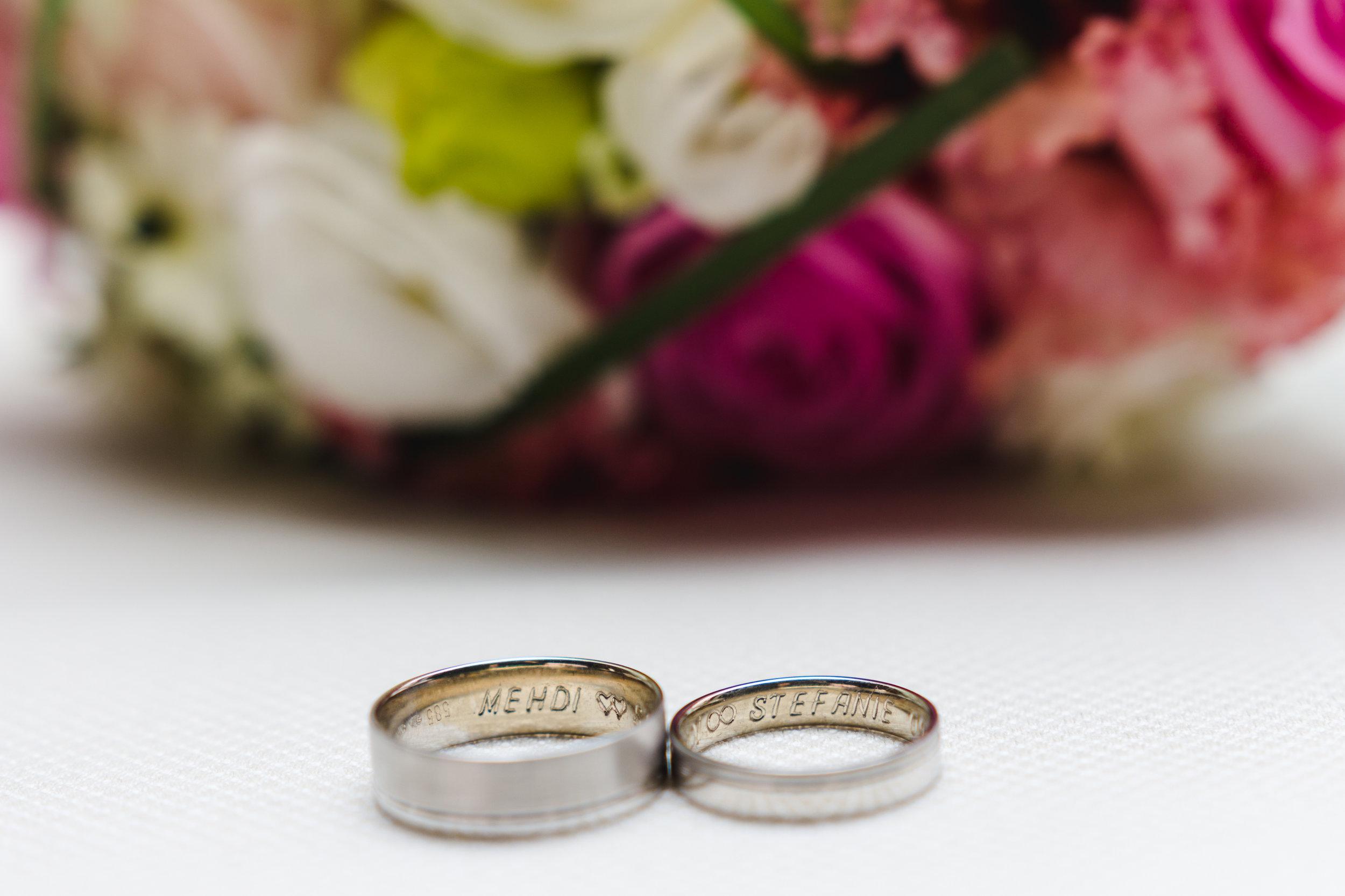 Bokeh huwelijk ringen