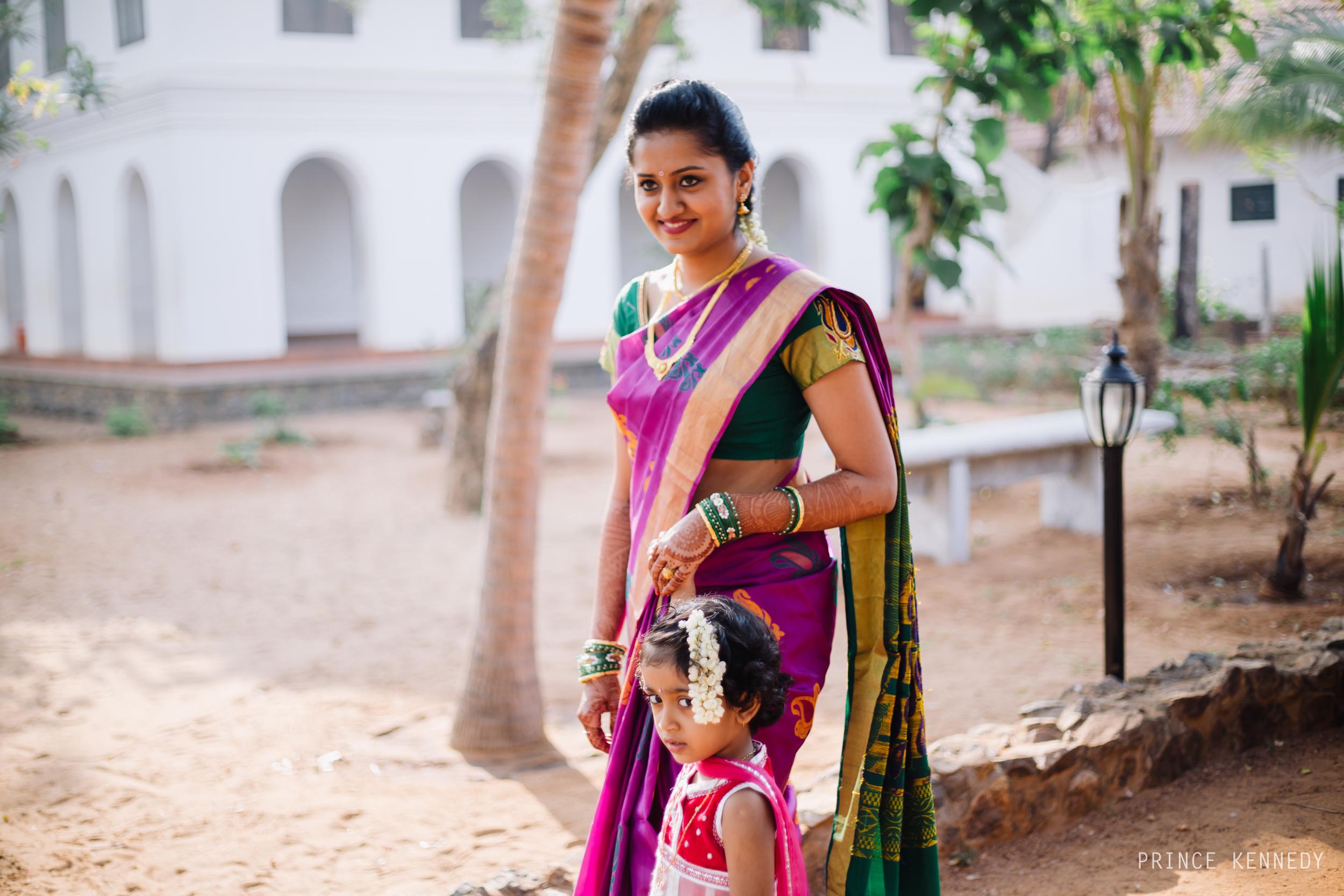 Athmajja-Nithesh-Engagement-Couple-Portrait-Portraiture-Wedding-Couple-Portrait-Chennai-Photographer-Candid-Photography-Destination-Best-Prince-Kennedy-Photography-27.jpg
