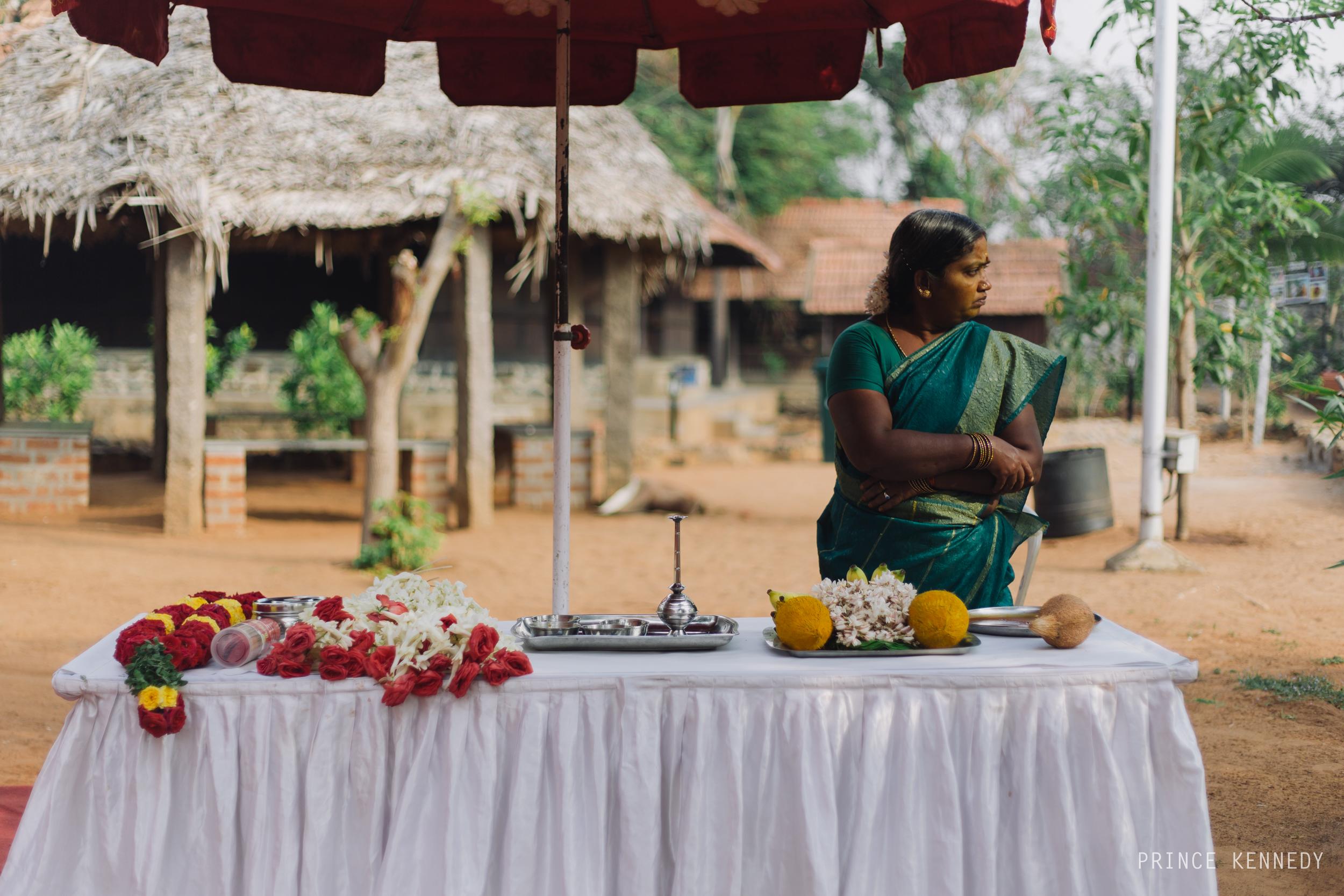 Athmajja-Nithesh-Engagement-Couple-Portrait-Portraiture-Wedding-Couple-Portrait-Chennai-Photographer-Candid-Photography-Destination-Best-Prince-Kennedy-Photography-58.jpg