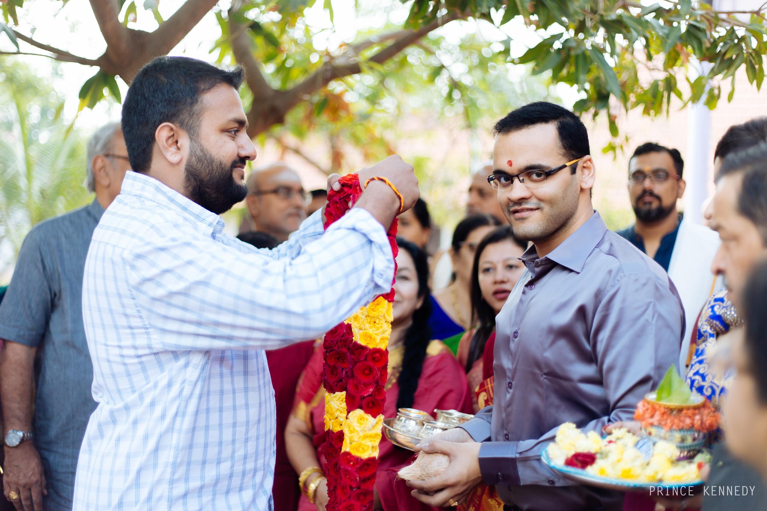 Athmajja-Nithesh-Engagement-Couple-Portrait-Portraiture-Wedding-Couple-Portrait-Chennai-Photographer-Candid-Photography-Destination-Best-Prince-Kennedy-Photography-68.jpg
