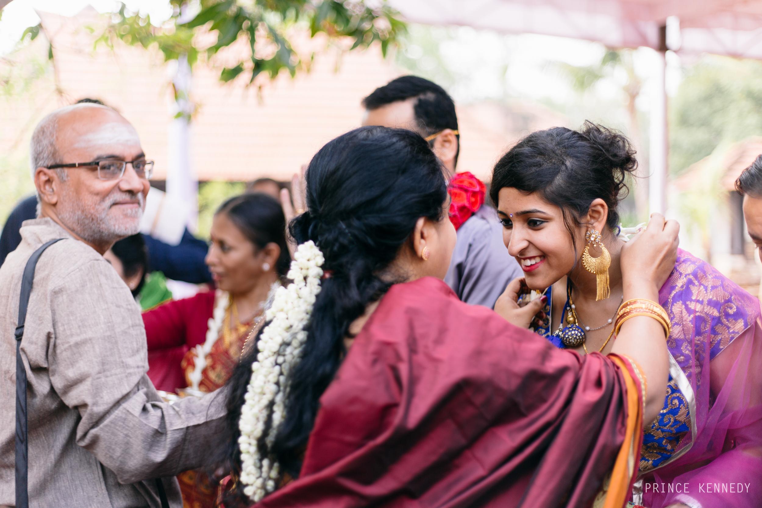 Athmajja-Nithesh-Engagement-Couple-Portrait-Portraiture-Wedding-Couple-Portrait-Chennai-Photographer-Candid-Photography-Destination-Best-Prince-Kennedy-Photography-83.jpg