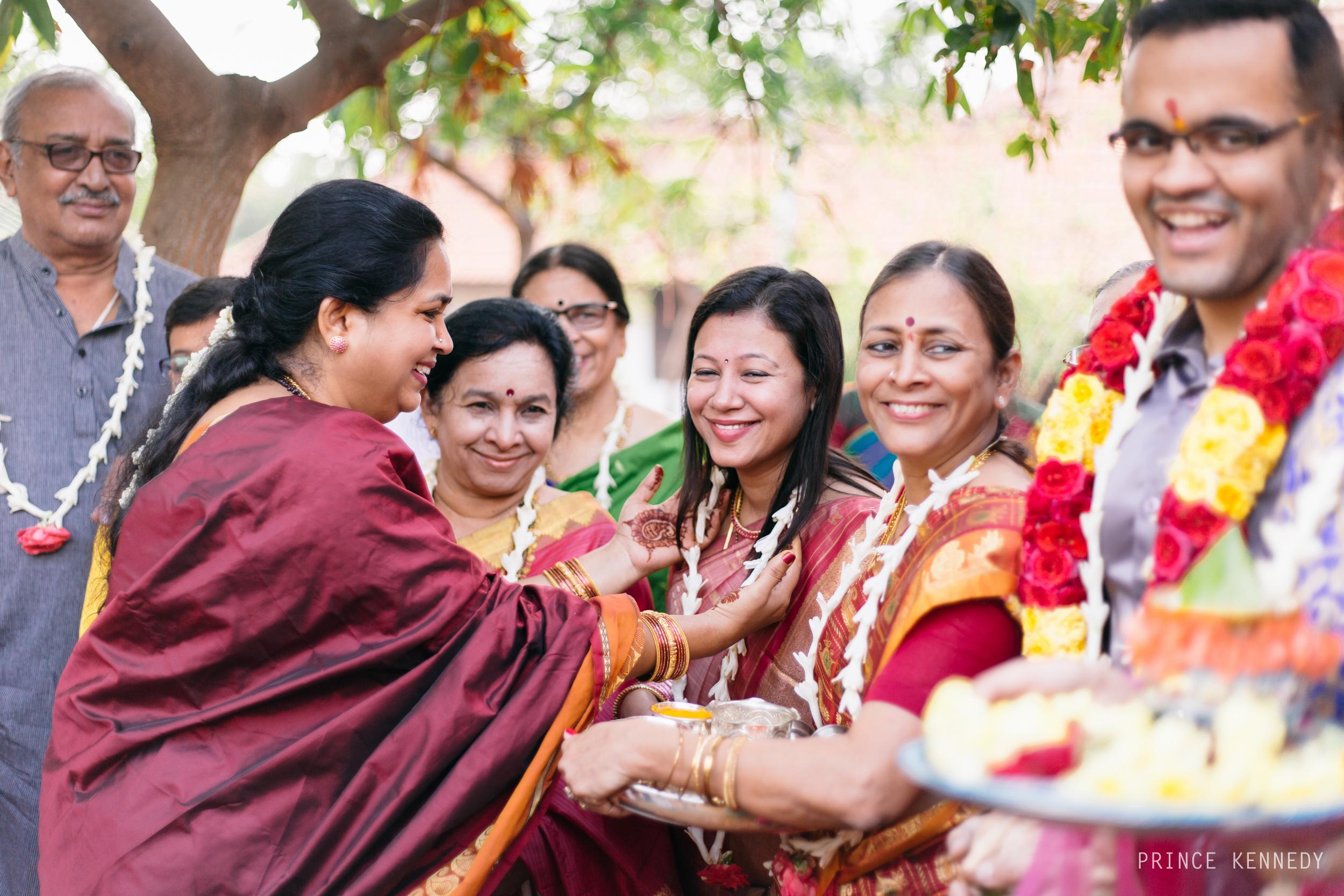 Athmajja-Nithesh-Engagement-Couple-Portrait-Portraiture-Wedding-Couple-Portrait-Chennai-Photographer-Candid-Photography-Destination-Best-Prince-Kennedy-Photography-86.jpg