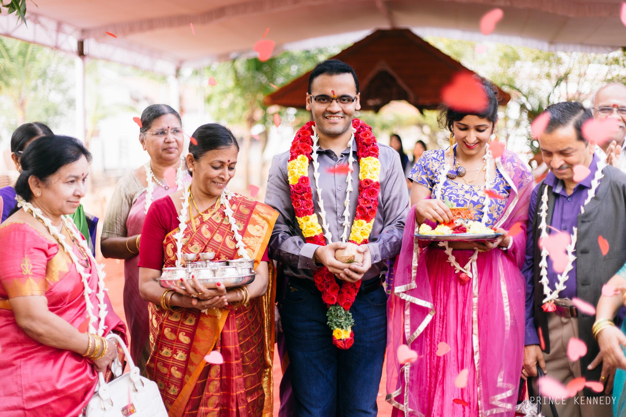 Athmajja-Nithesh-Engagement-Couple-Portrait-Portraiture-Wedding-Couple-Portrait-Chennai-Photographer-Candid-Photography-Destination-Best-Prince-Kennedy-Photography-95.jpg