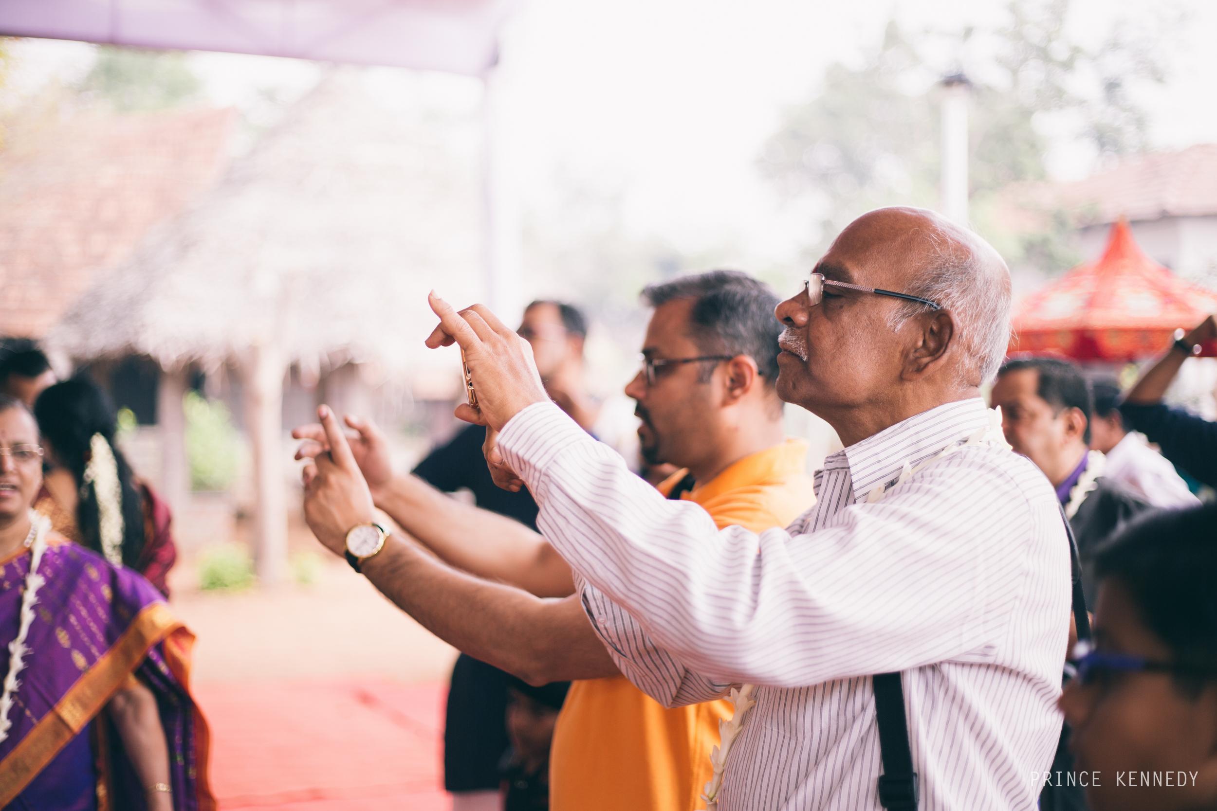 Athmajja-Nithesh-Engagement-Couple-Portrait-Portraiture-Wedding-Couple-Portrait-Chennai-Photographer-Candid-Photography-Destination-Best-Prince-Kennedy-Photography-116.jpg