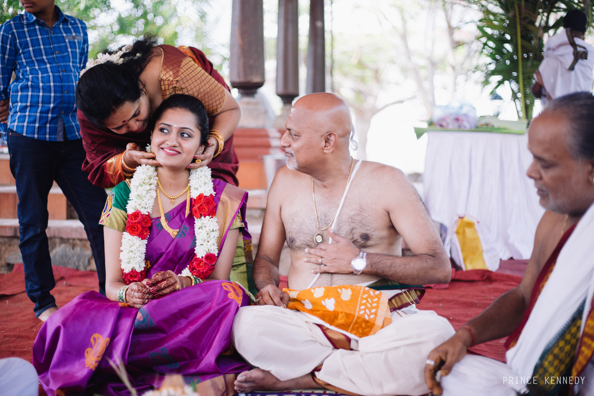 Athmajja-Nithesh-Engagement-Couple-Portrait-Portraiture-Wedding-Couple-Portrait-Chennai-Photographer-Candid-Photography-Destination-Best-Prince-Kennedy-Photography-23.jpg