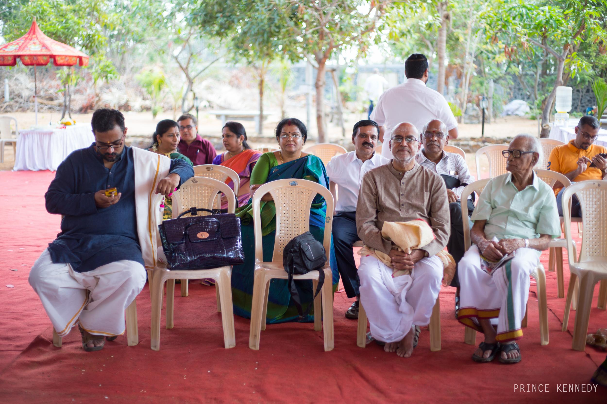 Athmajja-Nithesh-Engagement-Couple-Portrait-Portraiture-Wedding-Couple-Portrait-Chennai-Photographer-Candid-Photography-Destination-Best-Prince-Kennedy-Photography-25.jpg