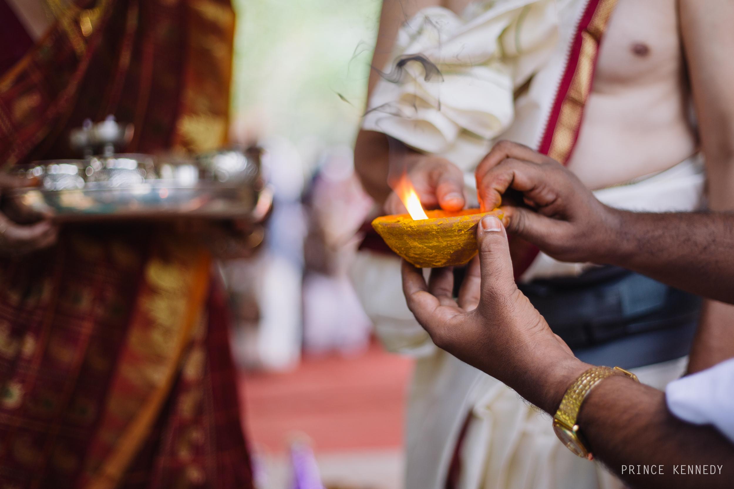 Athmajja-Nithesh-Engagement-Couple-Portrait-Portraiture-Wedding-Couple-Portrait-Chennai-Photographer-Candid-Photography-Destination-Best-Prince-Kennedy-Photography-67.jpg