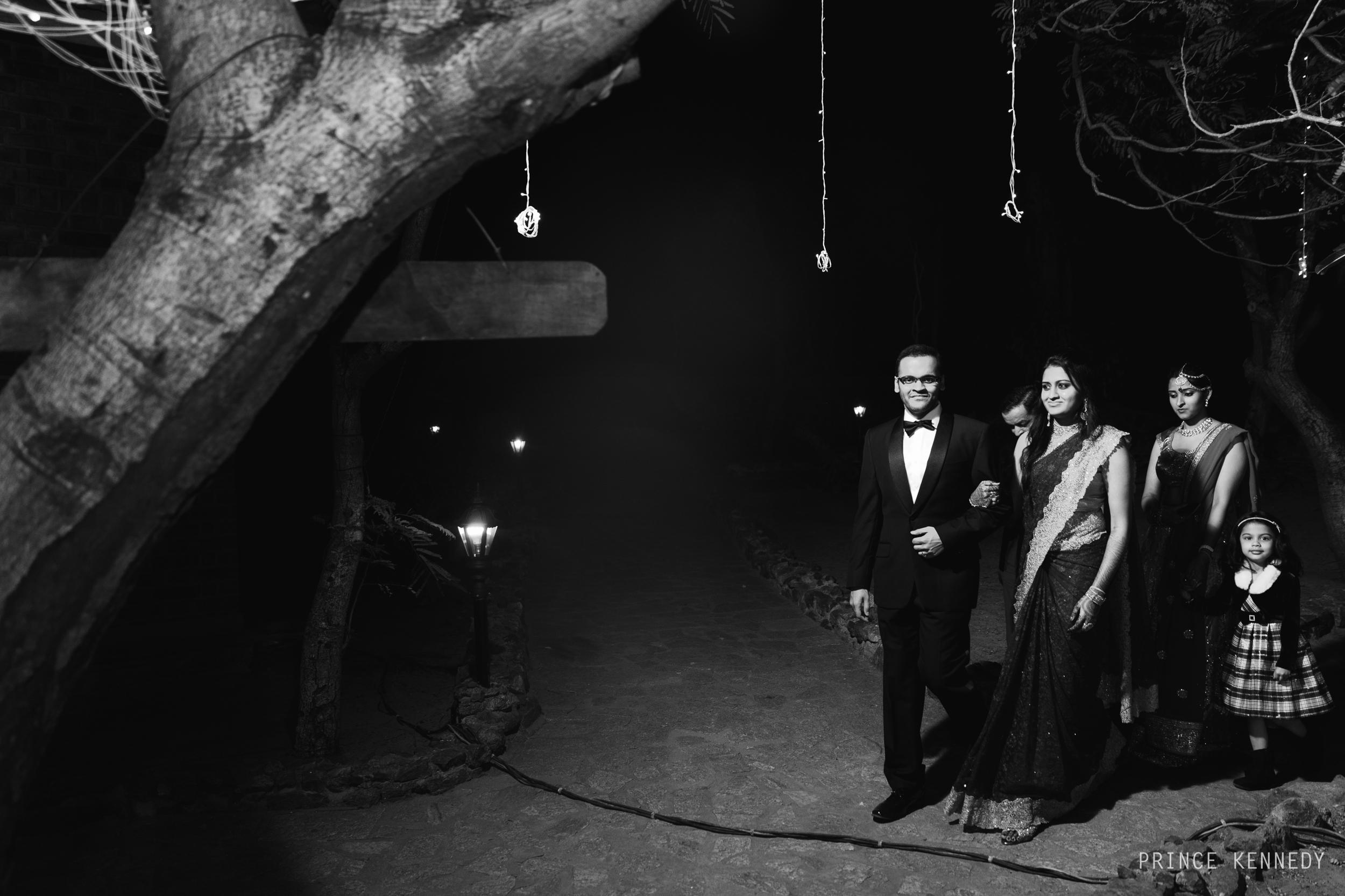 Athmajja-Nithesh-Engagement-Couple-Portrait-Portraiture-Wedding-Couple-Portrait-Chennai-Photographer-Candid-Photography-Destination-Best-Prince-Kennedy-Photography-66.jpg
