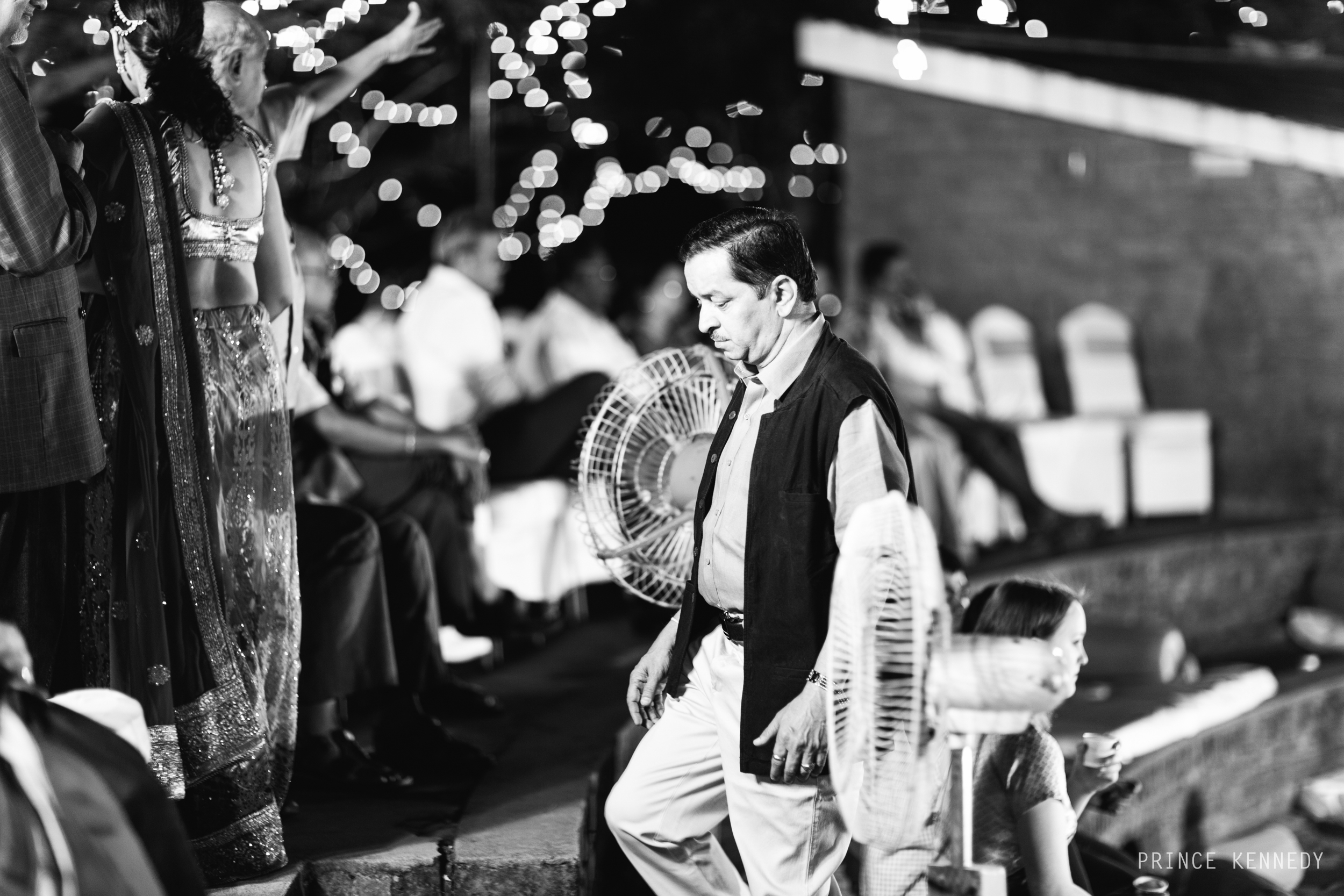 Athmajja-Nithesh-Engagement-Couple-Portrait-Portraiture-Wedding-Couple-Portrait-Chennai-Photographer-Candid-Photography-Destination-Best-Prince-Kennedy-Photography-137.jpg
