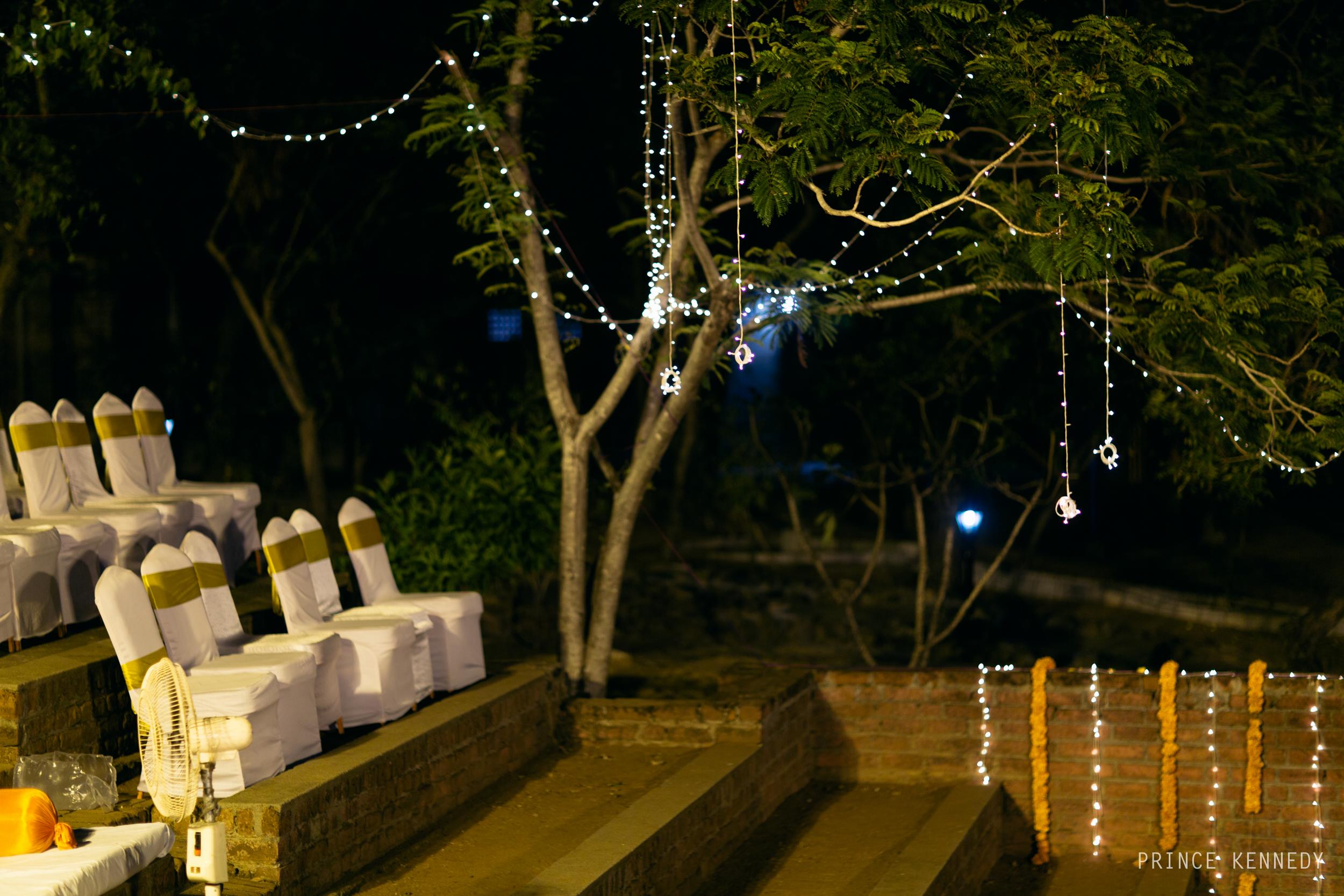 Athmajja-Nithesh-Engagement-Couple-Portrait-Portraiture-Wedding-Couple-Portrait-Chennai-Photographer-Candid-Photography-Destination-Best-Prince-Kennedy-Photography-175.jpg