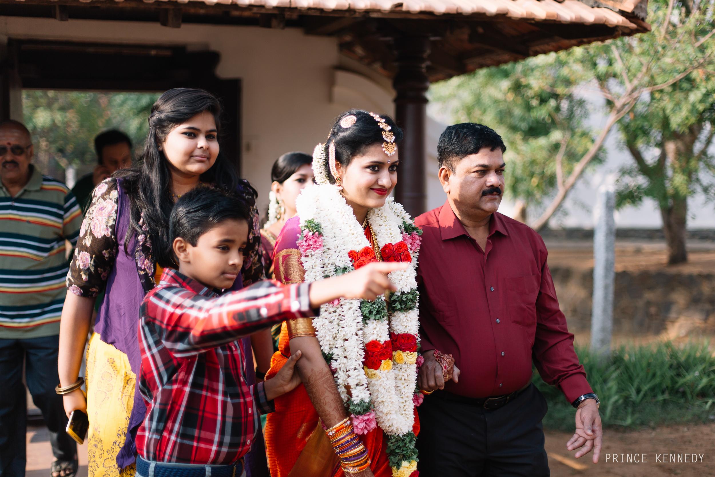 Athmajja-Nithesh-Engagement-Couple-Portrait-Portraiture-Wedding-Couple-Portrait-Chennai-Photographer-Candid-Photography-Destination-Best-Prince-Kennedy-Photography-62.jpg