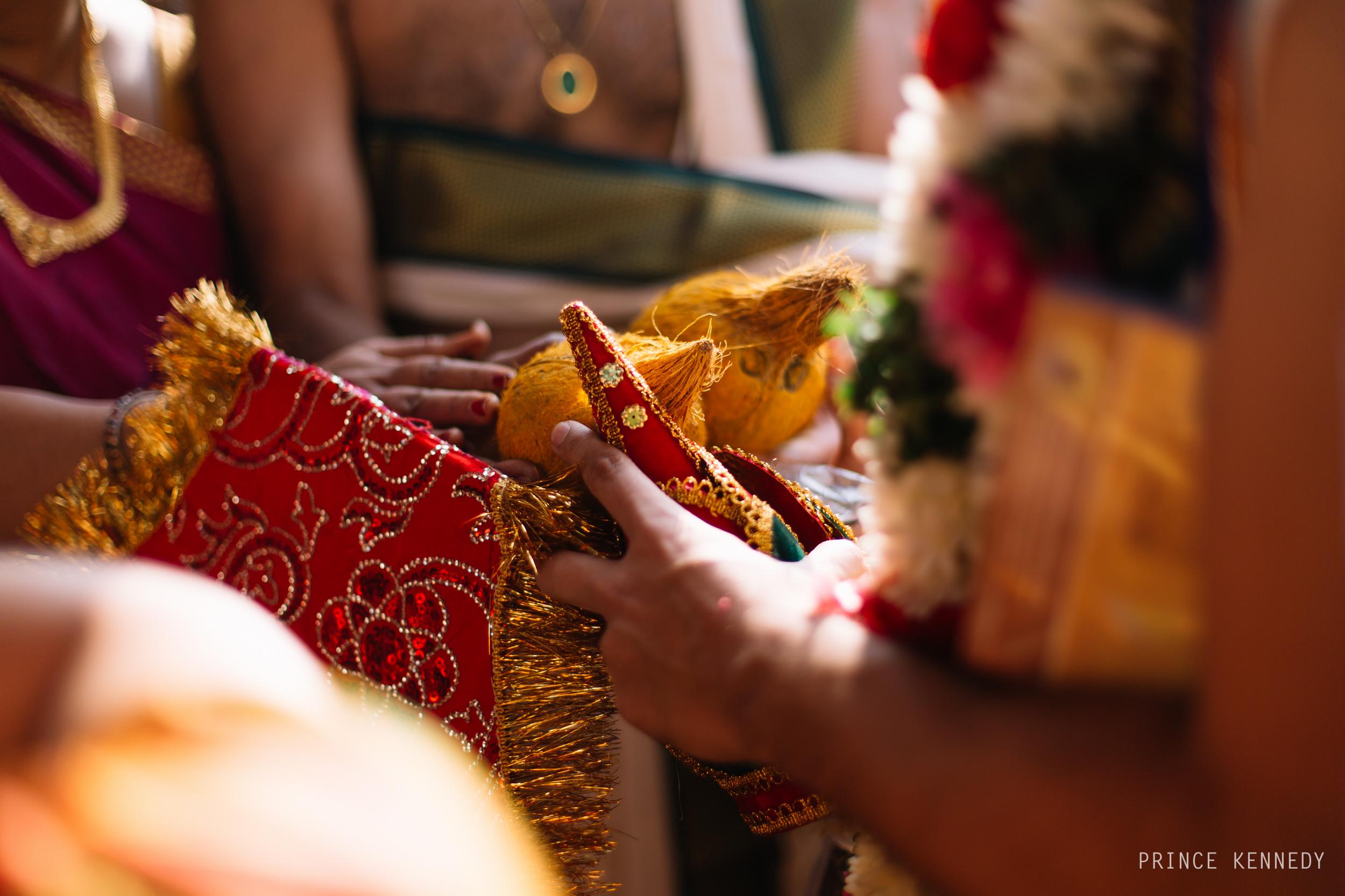 Athmajja-Nithesh-Engagement-Couple-Portrait-Portraiture-Wedding-Couple-Portrait-Chennai-Photographer-Candid-Photography-Destination-Best-Prince-Kennedy-Photography-64.jpg