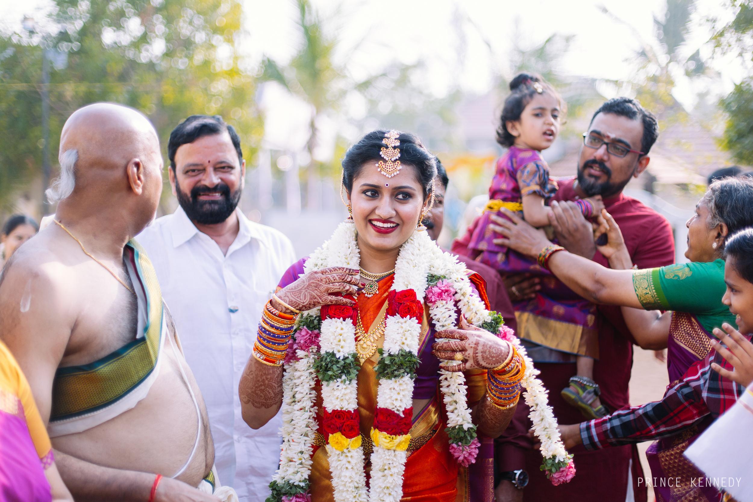 Athmajja-Nithesh-Engagement-Couple-Portrait-Portraiture-Wedding-Couple-Portrait-Chennai-Photographer-Candid-Photography-Destination-Best-Prince-Kennedy-Photography-81.jpg