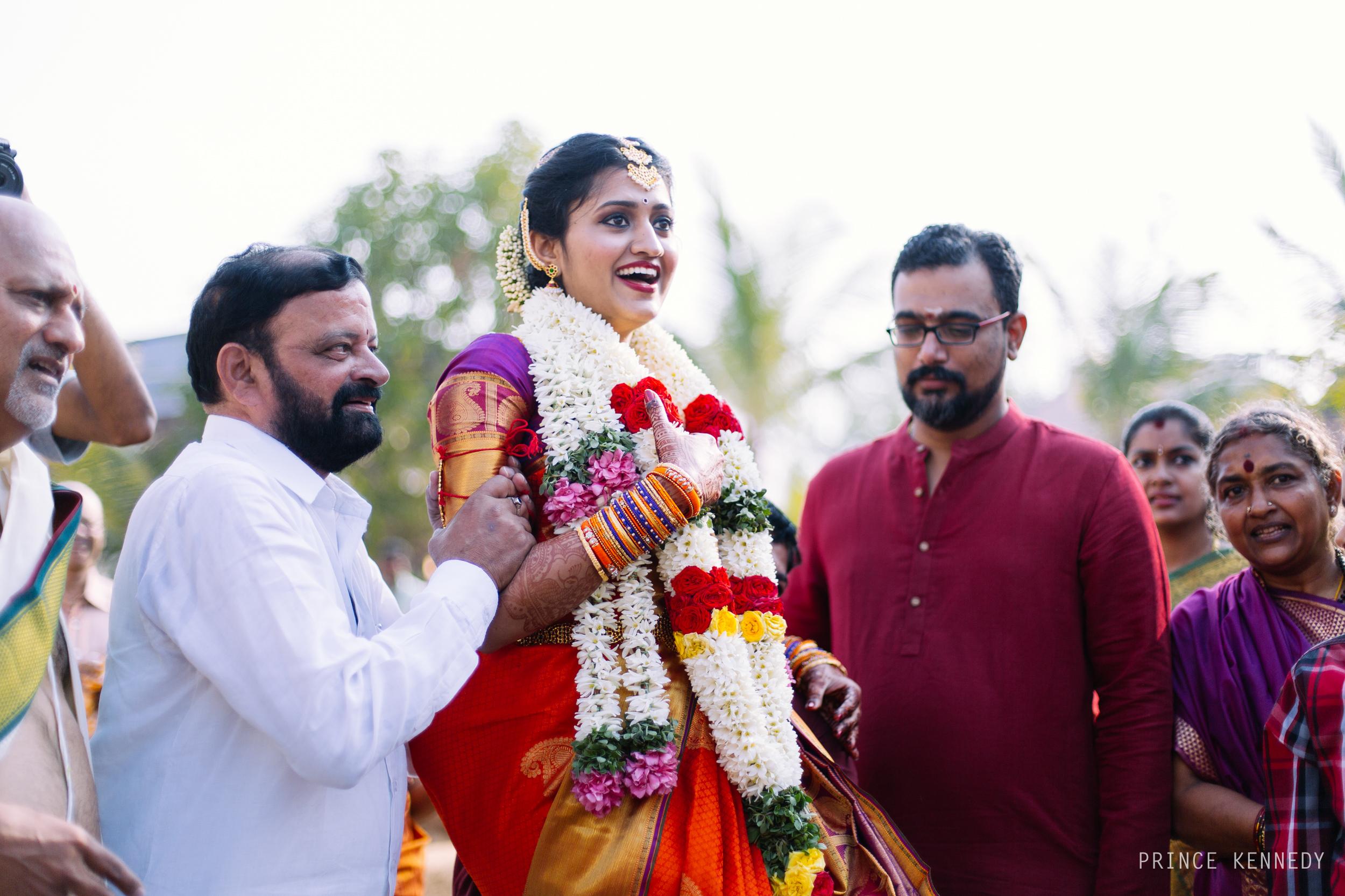 Athmajja-Nithesh-Engagement-Couple-Portrait-Portraiture-Wedding-Couple-Portrait-Chennai-Photographer-Candid-Photography-Destination-Best-Prince-Kennedy-Photography-93.jpg