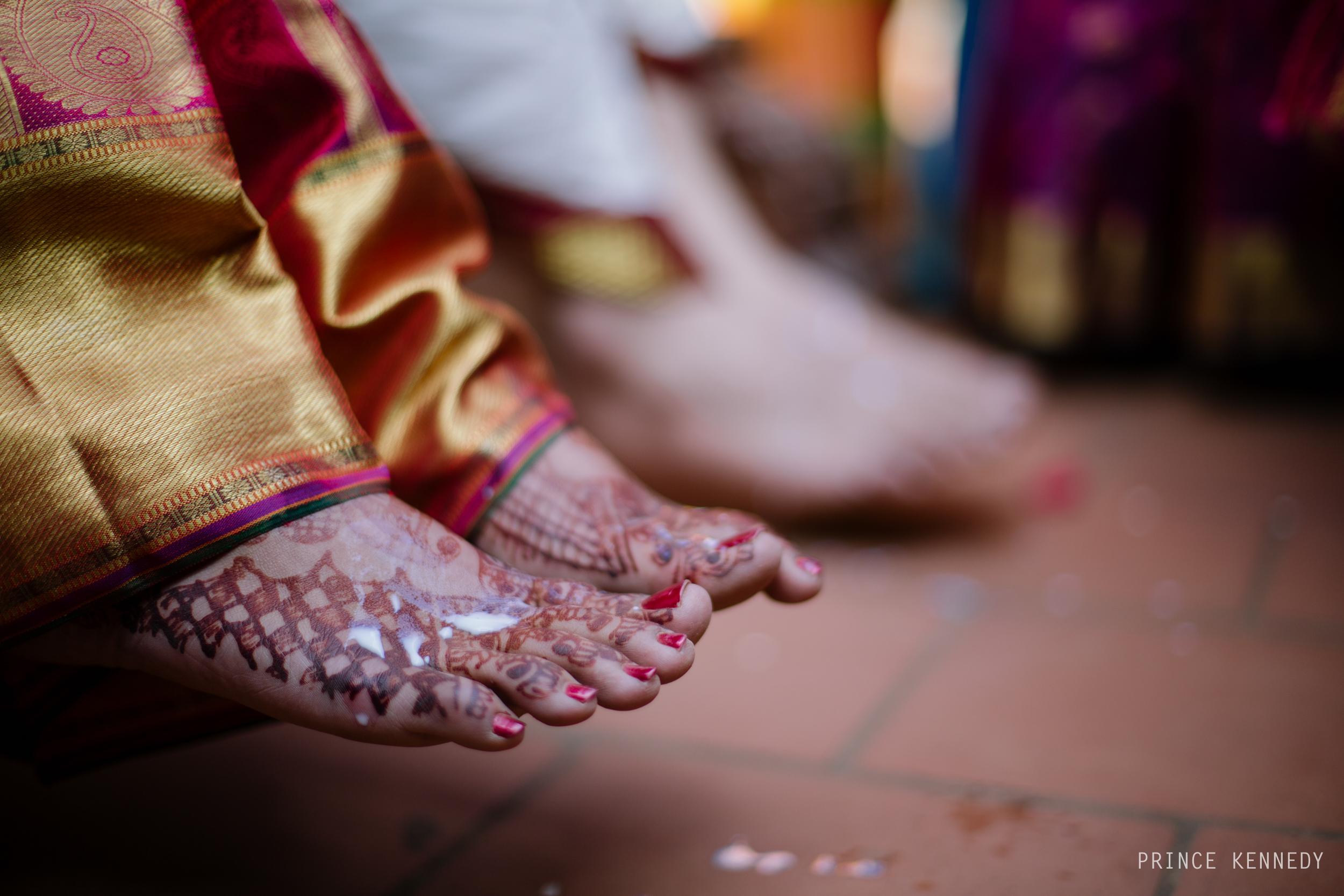 Athmajja-Nithesh-Engagement-Couple-Portrait-Portraiture-Wedding-Couple-Portrait-Chennai-Photographer-Candid-Photography-Destination-Best-Prince-Kennedy-Photography-136.jpg