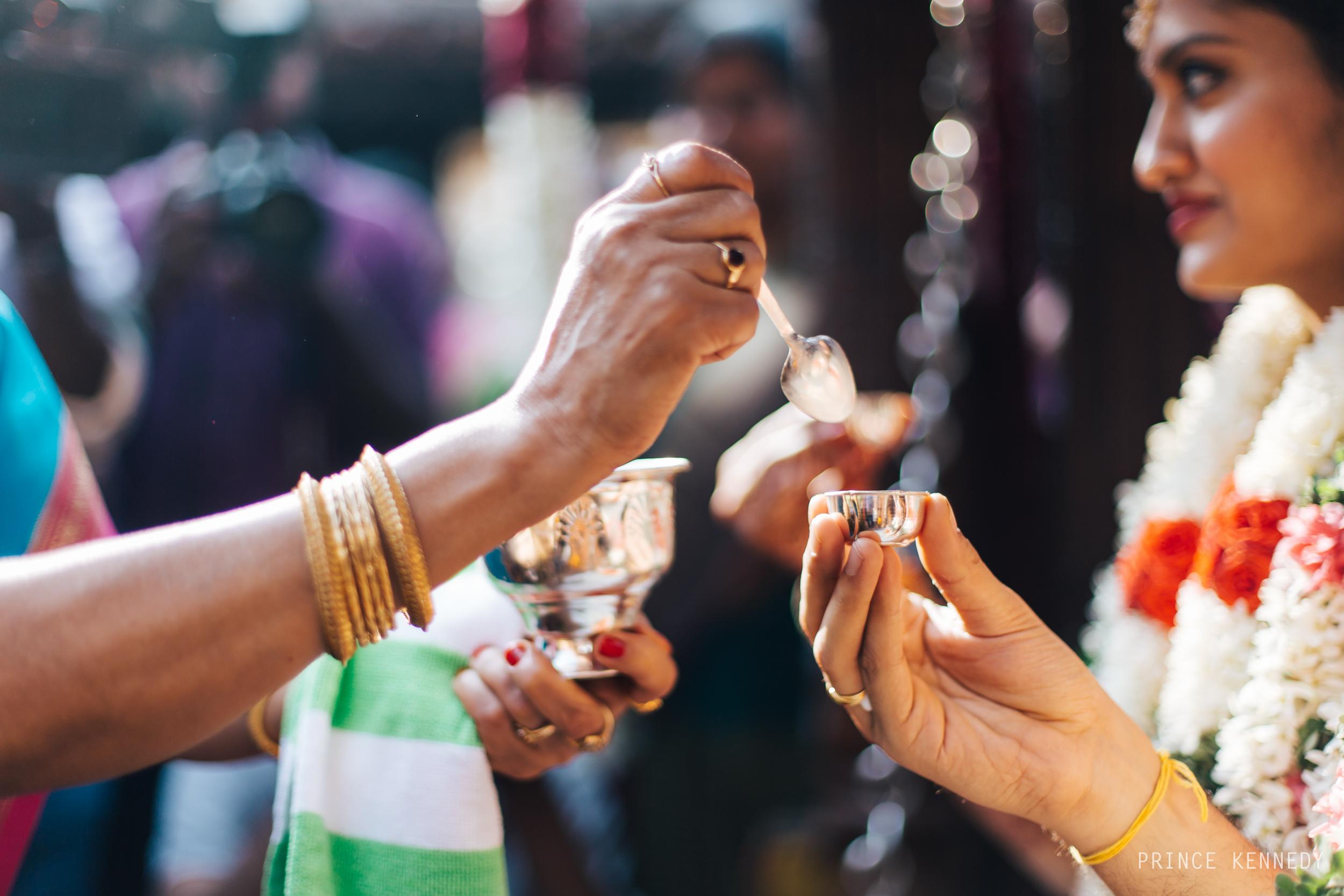Athmajja-Nithesh-Engagement-Couple-Portrait-Portraiture-Wedding-Couple-Portrait-Chennai-Photographer-Candid-Photography-Destination-Best-Prince-Kennedy-Photography-146.jpg